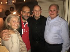 Pep-Guardiola-Uli-Hoeness-Pianist-Charlie-Glass.jpg